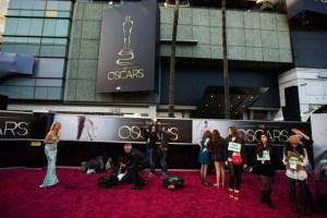 Estrellas ensayan para la entrega de los Oscar (Fotos)