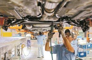 Ford achaca el grueso de sus pérdidas a la devaluación del bolívar