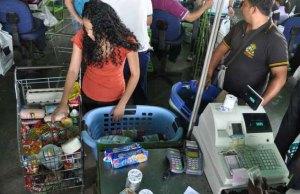 Por previsión salieron a hacer mercado en Barquisimeto