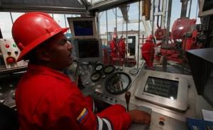 Jóse Bodas: Contrato petrolero se rige por acuerdos políticos