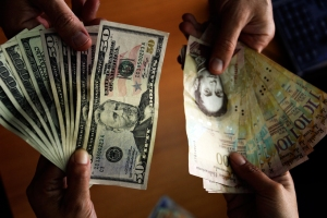 Conindustria alerta sobre un retraso de 180 días en la entrega de divisas