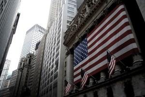 Economía de EEUU se contrajo un 3,5% en 2020, la mayor caída del PIB desde 1946