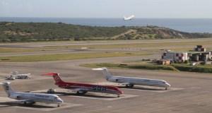 Gobierno pagará a aerolíneas 70% de la deuda a dólar Sicad 2