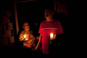 Reportan apagones en Zulia, Mérida y Táchira durante la noche de este #22Ene