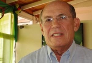 Omar González Moreno: Naufragio y gasolina