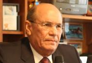 Omar González Moreno: Se desmorona todo