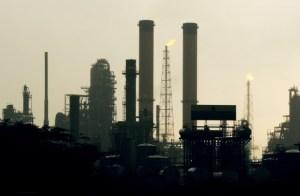 Trabajadores de la refinería de Amuay desmintieron la absurda tesis del régimen