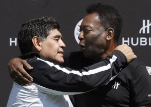 Pelé lamenta la muerte de Maradona: Un día jugaremos juntos en el cielo
