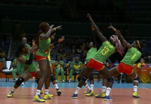Olimpíadas HOT: Chocomamacitas piernonas… el equipo de volei de Camerún (FOTOS)