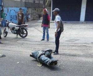 ¡Pa' abajo! Son 11 las estatuas de Chávez destruidas desde su muerte