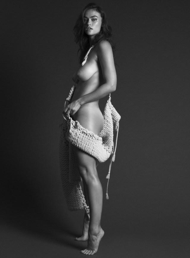Myla Dalbesio - Unconditional Magazine (3)