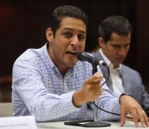José Manuel Olivares: Todos tenemos que acompañar a los maestros en su justa lucha