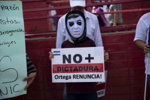 """Expresos políticos de Nicaragua dan por """"no cumplido"""" su acuerdo de libertad"""