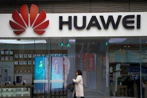 En caída libre: Otra importante empresa se sacude a Huawei