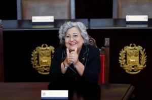 """Tibisay Lucena, bien """"roja rojita"""", designada """"ministra"""" para la Educación Universitaria"""