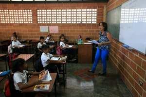 """""""Fe y Alegría"""", la organización clave en la contención y educación de los más pobres de Venezuela"""