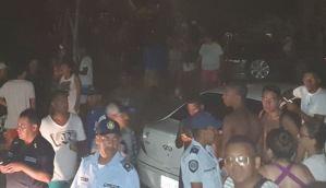 """Cientos de temporadistas atrapados en Chirimena por protesta tras cancelación de una """"rumba"""" (Video y Fotos)"""