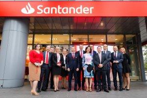 El Santander reconoce que el proceso de digitalización podría tener un impacto negativo en su red de sucursales