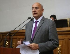 Diputado Dávila: Repudiamos la usurpación, la rechazamos y la combatimos por la vía democrática