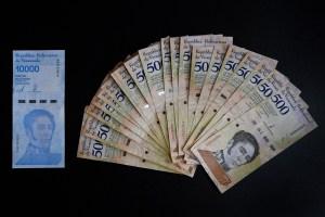 Reconversión monetaria quebró la economía del país