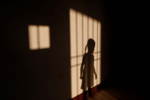 Al menos seis mujeres al mes denuncian ser víctimas de incesto en Venezuela