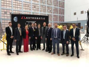 ¡Qué orgullo! Un venezolano formará parte del equipo que llevará una nave a la Luna en el 2021