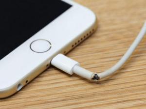 ¡Resuelve! Cómo arreglar el cable de tu celular y extender su vida útil