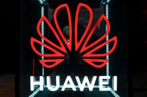 Huawei lanza su primer smartphone sin aplicaciones Google en medio de guerra comercial con EEUU