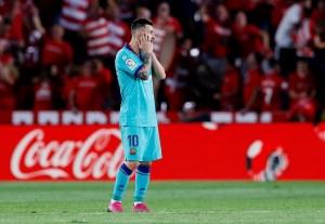 Granada sorprende al Barcelona y sube a la cima de La Liga