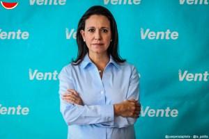 María Corina apoyó a Juan Pablo Guanipa tras ataque a su inmunidad parlamentaria