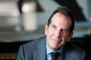 ALnavío: Víctor Vargas, el banquero del chavismo, viaja de urgencia a República Dominicana