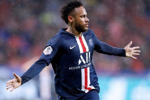 Una genial maniobra de Neymar rescata al PSG frente al Lyon