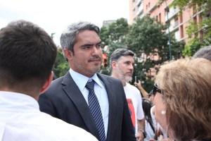 """Luis Somaza aseguró que la fracción """"Clap"""" intentó sobornar a la diputada Addy Valero con su tratamiento"""