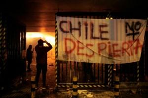 Ejército chileno decreta nuevo toque de queda en varias ciudades por disturbios