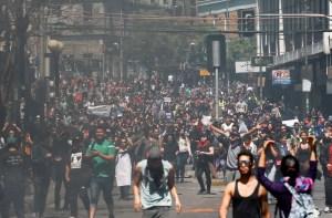 Partido Socialista de Chile no asistirá a reunión con Piñera por protestas en el país