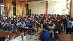 Acuerdan expulsar a todos los venezolanos de un distrito peruano (Video)