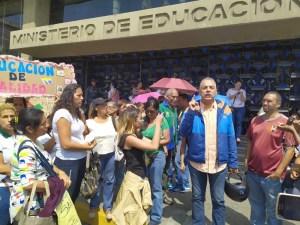 Rafael Veloz: ¡Venezuela despierta este sábado #16Nov!