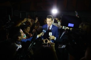 Guaidó alentó a recuperar la democracia para volver a las navidades unidos en familia (Video)