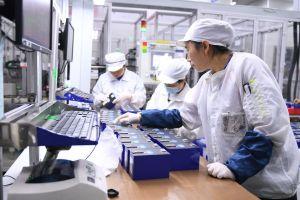 La clave para los autos eléctricos son las baterías, una empresa china domina la industria