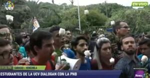 Estudiantes dialogan con funcionarios de la PNB en la UCV #14Nov