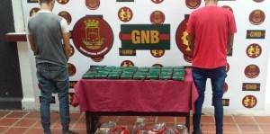 GNB incautó 24 panelas de marihuana en el terminal de pasajeros de San Antonio
