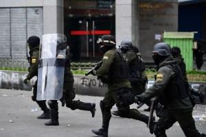 Gobierno interino anuncia mesa de diálogo con partido de Morales para pacificar Bolivia