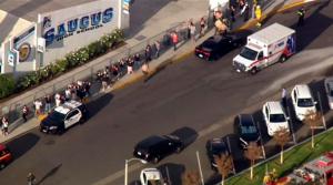 Un segundo joven muere tras tiroteo en secundaria cerca de Los Ángeles
