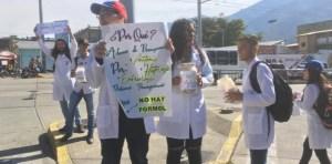 "Estudiantes de medicina de la ULA realizan ""potazo"" para recaudar fondos #6Dic (Fotos)"