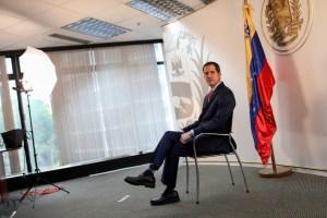 España confirma que será la canciller quien recibirá a Juan Guaidó y no Pedro Sánchez (VIDEO)