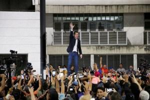 Guaidó reiteró el llamado a calles para mantenerse unidos y movilizados contra Maduro