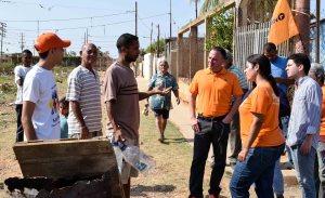Desbordamiento de aguas afecta a vecinos de los barrios Rómulo Gallegos y Teotiste de Gallegos en Maracaibo (Fotos)