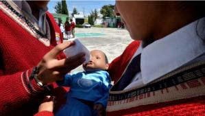 """""""Adoptó"""" a una menor de edad… pero luego la violó y embarazó en México"""