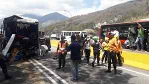 Un muerto y cuatro heridos fue el saldo de un accidente en la autopista GMA