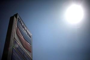 Empresas conjuntas de Chevron en Venezuela reducen sus operaciones, según Reuters